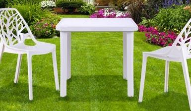Пластиковые столы