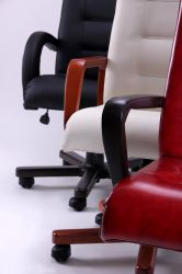 Кресло Роял Люкс вишня Неаполь N-20 - интерьер - фото 5