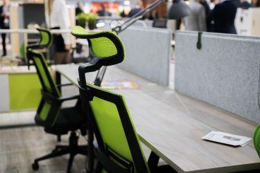 Кресло Scrum серый/черный - интерьер - фото 1